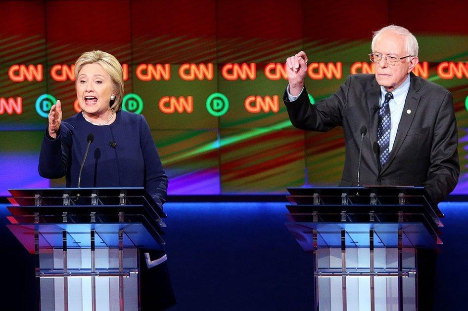 El duro ataque de Hillary Clinton a Bernie Sanders: «A nadie le gusta él»