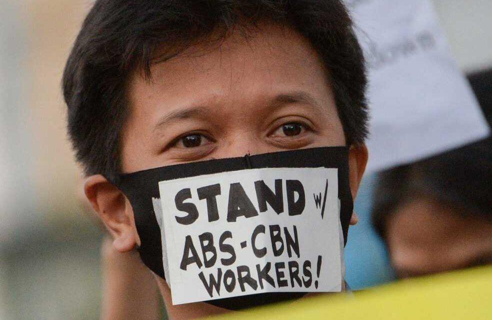 El último intento de Rodrigo Duterte para cerrar un medio de comunicación filipino