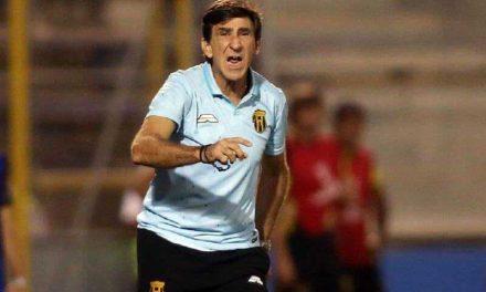 """Gustavo Costas: """"Las ligas de Argentina y Brasil siguen muchos escalones por encima"""""""