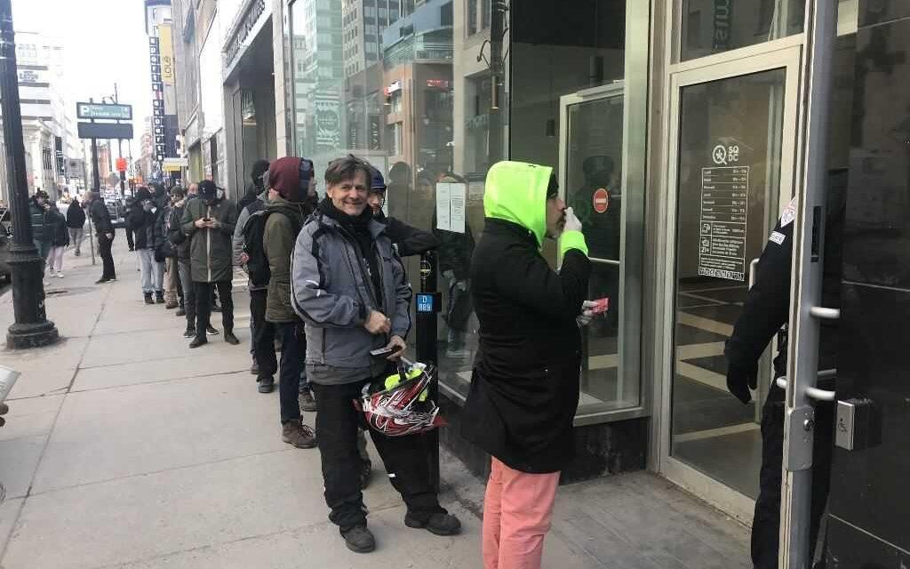 En Canadá, las tiendas de cannabis se llenan ante el coronavirus
