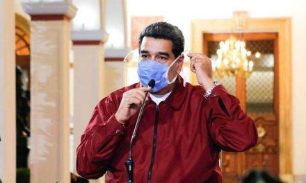 Maduro aprovecha la crisis del coronavirus para «quebrar» el cerco diplomático