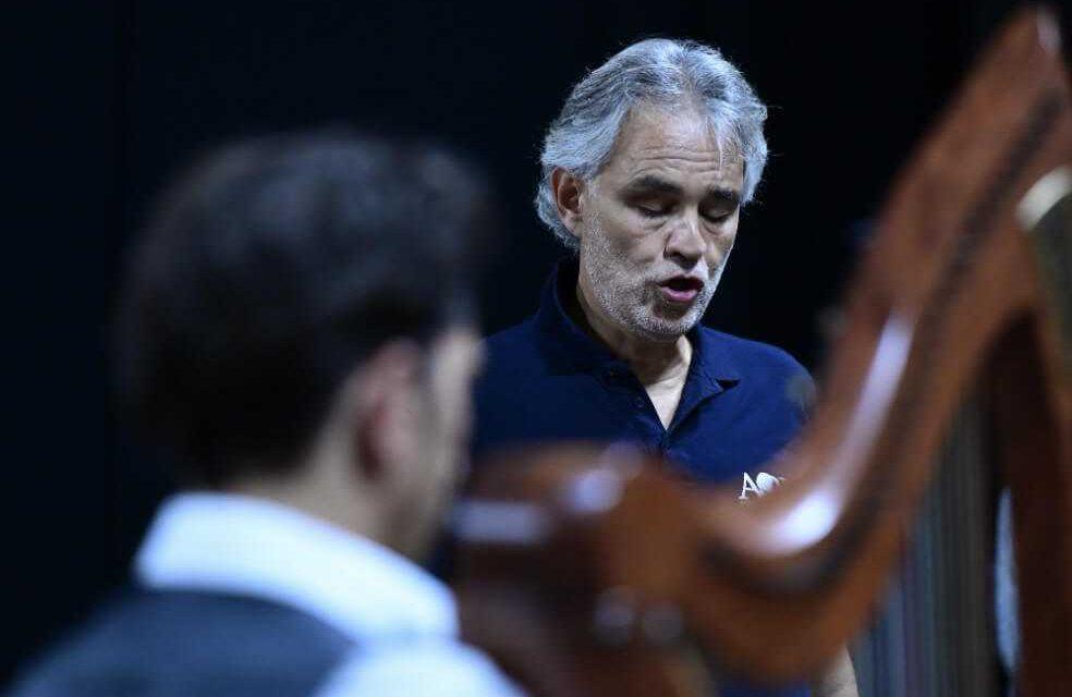Andrea Bocelli cantará al mundo el próximo domingo de Pascua desde el Duomo de Milán