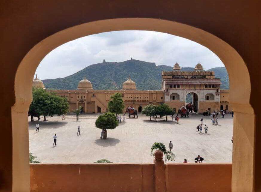 Coronavirus: El viacrucis de quedar atrapada en la India siendo colombiana