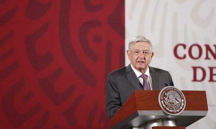 López Obrador acusa a opositores de utilizar a celebridades mexicanas para criticarlo