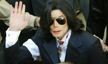 Un juez retiró 6,9 millones de dólares al productor de Michael Jackson