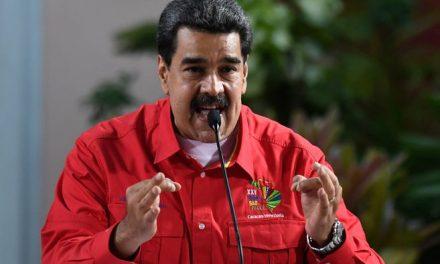 Nicmer Evans, el politólogo que Maduro quiere tras las rejas