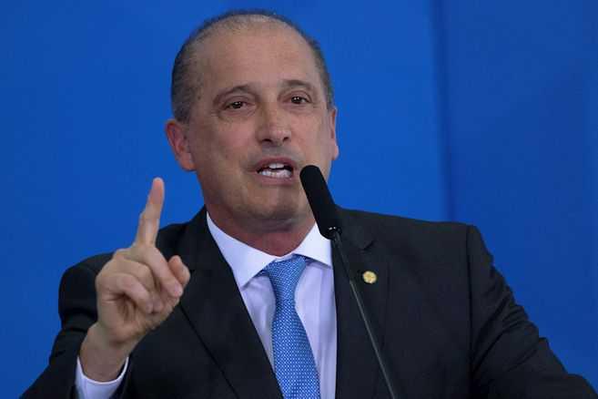 Ministro de Ciudadanía de Brasil sale positivo por coronavirus