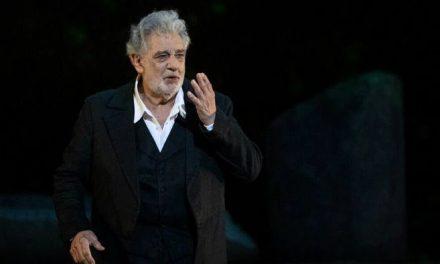 """Plácido Domingo recibirá premio por su """"excepcional carrera"""""""