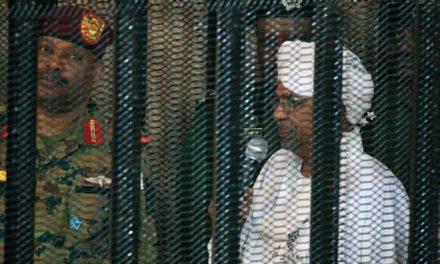 ¿Por qué puede ser condenado a muerte el expresidente sudanés Omar al Bashir?