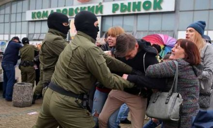 Un mes de protestas en Bielorrusia y Lukashenko no se va a ninguna parte, por ahora