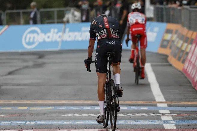 Así fue la caída de Geraint Thomas en la tercera etapa del Giro de Italia 2020