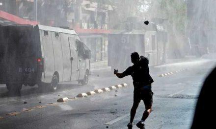 Disturbios en Santiago a dos días del plebiscito constitucional en Chile