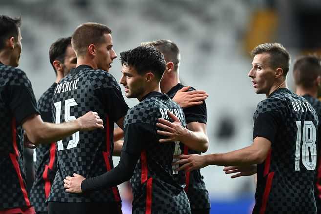 Jugador de Croacia dio positivo de COVID-19 luego de enfrentarse a Turquía