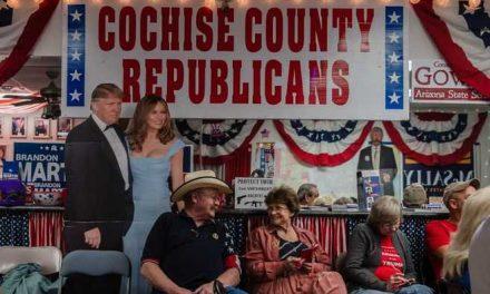 Los republicanos aprovechan el efecto Trump y resisten en el Congreso