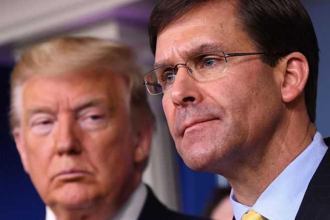 Furioso por los resultados, Donald Trump comenzó su purga