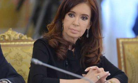 Juez desvincula a Cristina Fernández del caso de 'los cuadernos de las coimas'