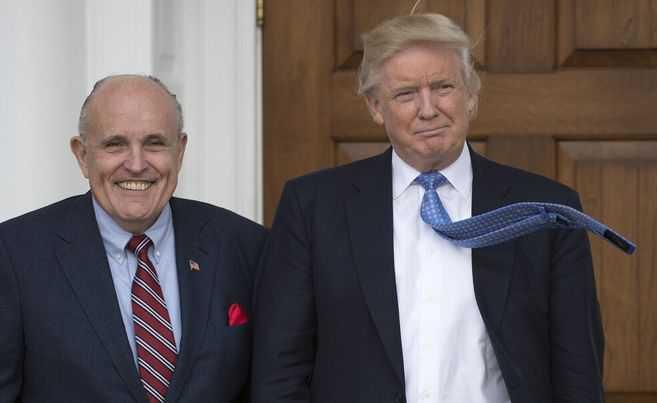 Rudy Giuliani, abogado del presidente Donald Trump, tiene COVID-19