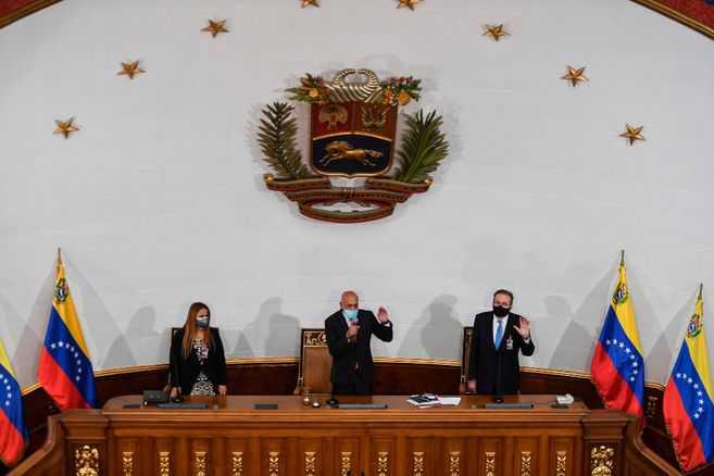 Nuevo Parlamento venezolano anuncia investigación contra Guaidó y sus aliados