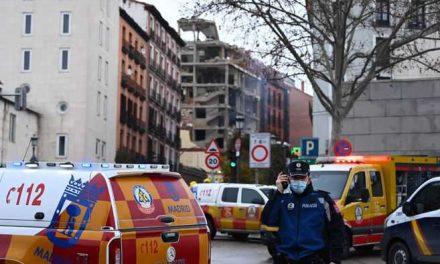 Una violenta explosión destruye edificio en el centro de Madrid, España