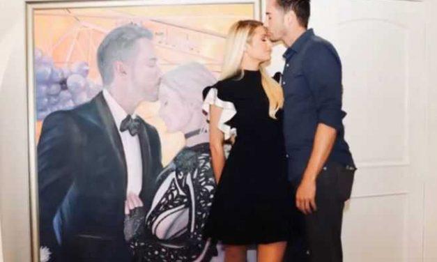 Paris Hilton le dio a su novio un regalo grande… en sentido literal y figurado