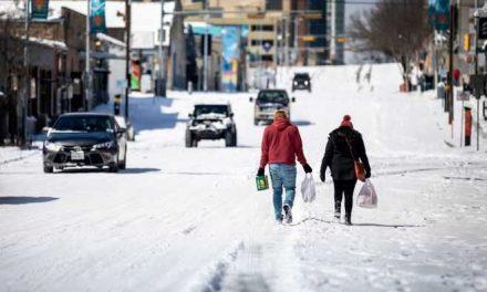 Millones de personas están sin electricidad mientras una ola de frío se apodera de EE. UU.