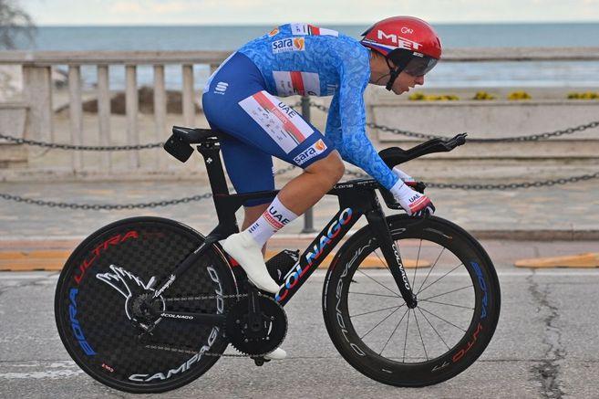 Tadej Pogacar confirmó su buen momento y es el nuevo campeón de la Tirreno Adriático