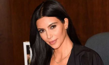 Kim Kardashian se dedica a sus estudios de derecho para olvidarse del divorcio de Kanye West