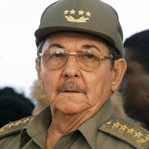 Exige Raúl Castro que cese el bloqueo de EU a Cuba