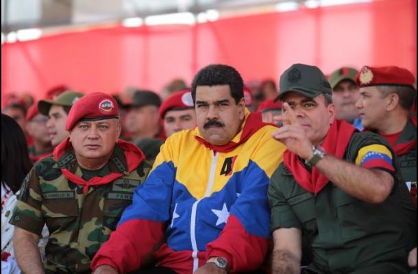 Maduro impone visa obligatoria para estadounidenses que viajan a Venezuela