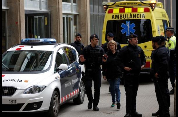 Un menor de 14 años es sospechoso de matar a un profesor en España