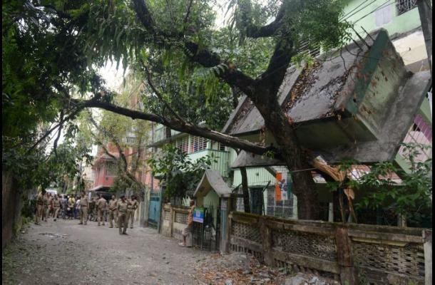 Fuerte terremoto en Nepal mata al menos a 700 personas