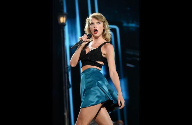 Taylor Swift lidera las nominaciones a los MTV Music Awards