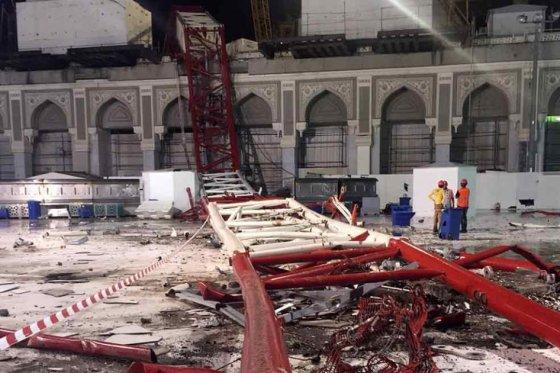 Al menos 87 muertos al desplomarse una grúa en la Gran Mezquita de La Meca