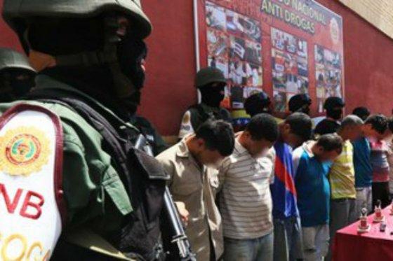 Venezuela detiene a miembros de supuesta red de narcotráfico liderada por colombianos