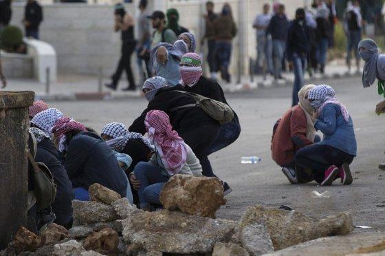 Nueva jornada de violencia en Israel y Palestina con disturbios y ataques