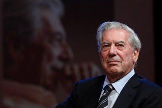 Vargas Llosa advirtió que Latinoamérica está cometiendo 'los mismos errores del pasado'