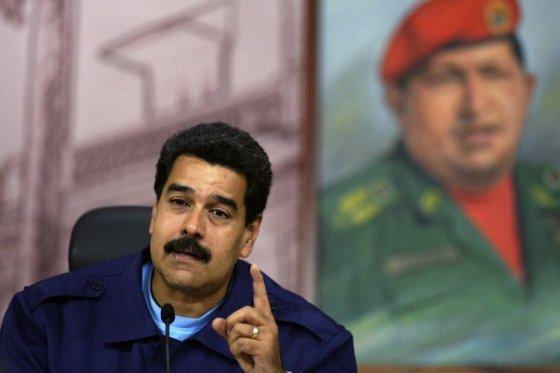 Solicitan a la CPI investigar a Maduro por crímenes de lesa humanidad