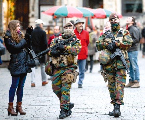 Bruselas: ¿bajo amenaza o la amenaza?