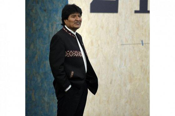 Un 54% de bolivianos rechaza reforma constitucional para reelegir a Evo Morales