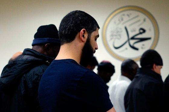 Llamado de Trump a prohibir entrada de musulmanes a EE.UU. preocupa a ONU