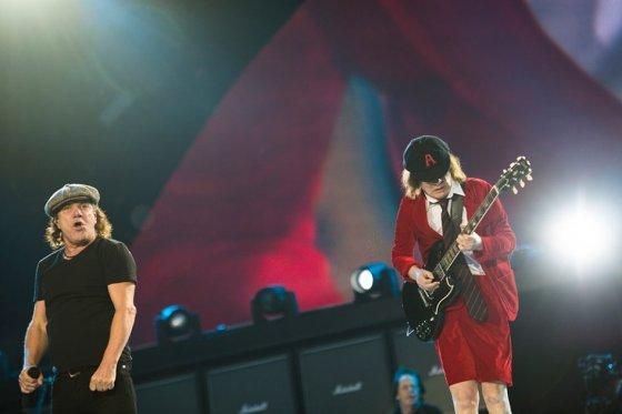 AC/DC vuelve a los escenarios en 2016