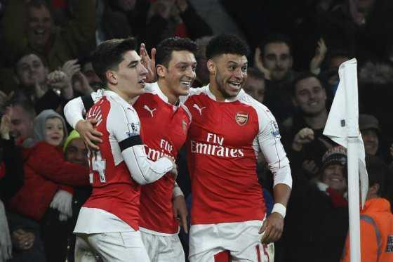 Arsenal busca iniciar el año manteniendo el liderato de la Premier