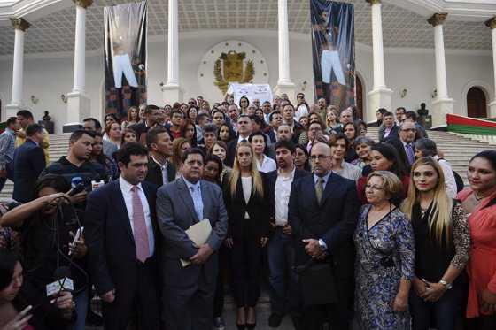 Oposición venezolana señala que «sacrificar» diputados evitará un estancamiento de su trabajo