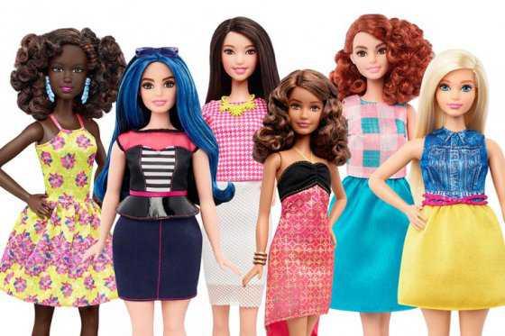 ¿Por qué la Barbie cambió de forma?