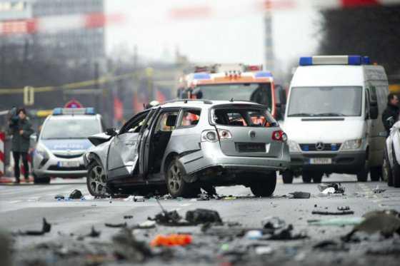 Alarma en Berlín tras estallido de supuesto carro bomba que causó un muerto