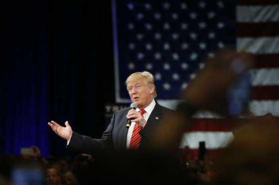 Candidatos viven jornada decisiva, con Trump en el centro de las atenciones