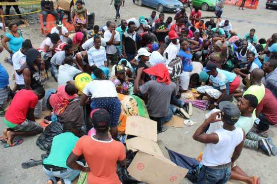 Quinientos migrantes africanos varados en Costa Rica
