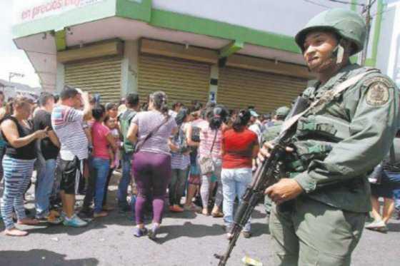 HRW denuncia abusos policiales y ejecuciones extrajudiciales en Venezuela