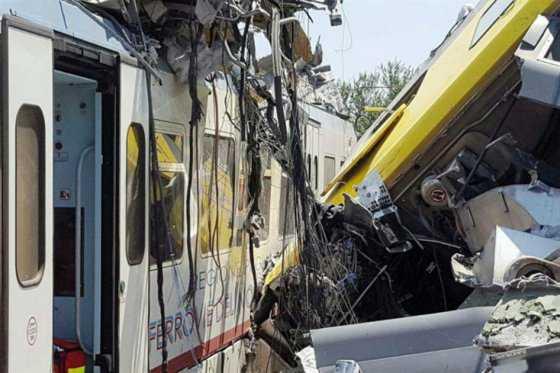 En grave estado de salud 18 de los 30 heridos en accidente de trenes en Italia