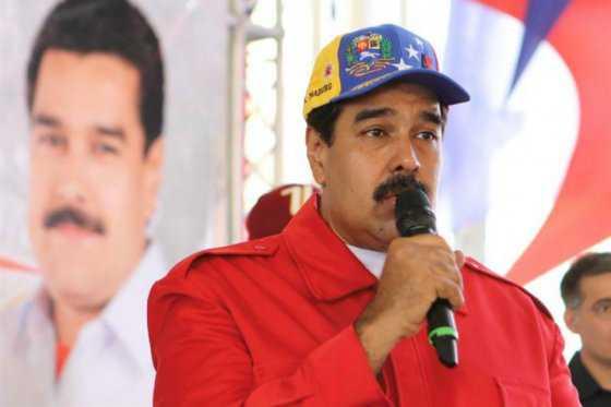 Venezolanos denuncian que por firmar revocatorio de Maduro se quedaron sin empleo